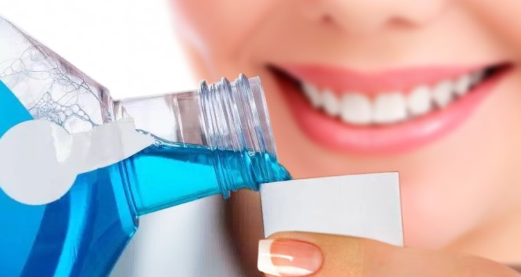 Best Mouthwash for Gingivitis and Gum Disease